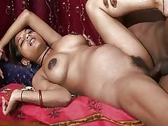 Slut xxx clips - indian hot tube